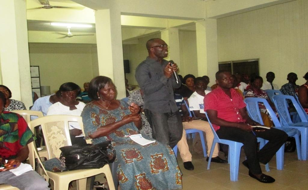 Dr. Mfon Archibong Presenting at the Youth Innovation Conference, Takoradi, Ghana